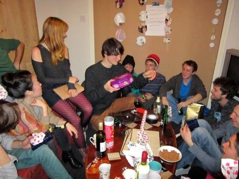 Negotiating the complexities of Sinterklaas gifts
